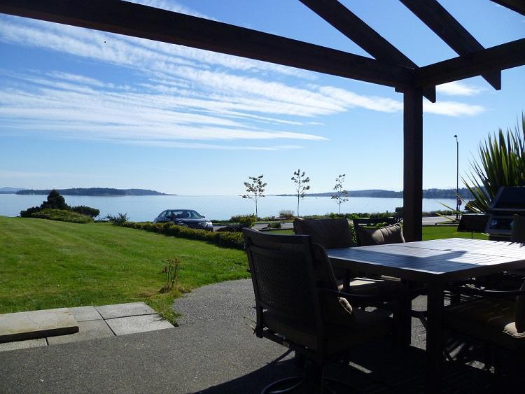 Lara's Seaside Place - Image 1 - Sidney - rentals