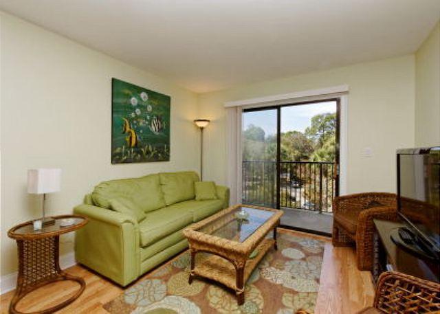 Welcome home - Xanadu 15-A, 2 Bedroom, Large Pool, Walk to Beach, Sleeps 8 - Hilton Head - rentals