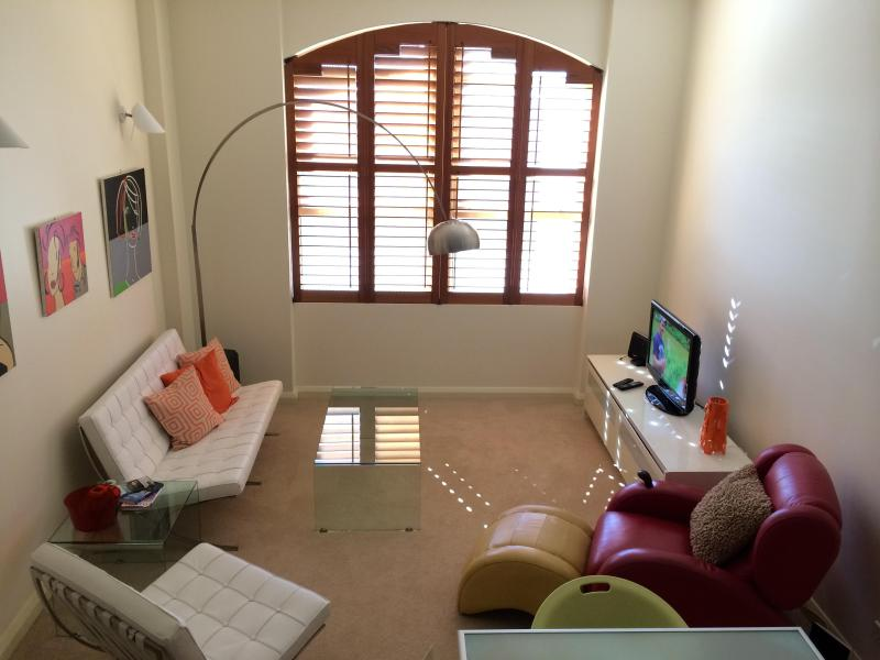 Apartment facing Quiet Back Street. It is Bright & Sunny - Chic Warehouse 1BD - Hip & Central in Surry Hills - Sydney - rentals
