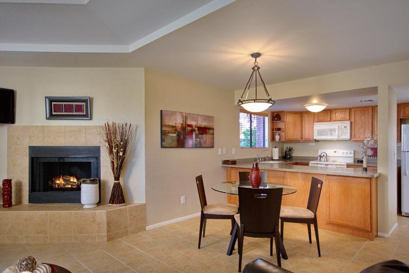 Private Catalina Foothills Condo By Sabino Canyon (MINIMUM 30 DAY STAY) - Image 1 - Tucson - rentals