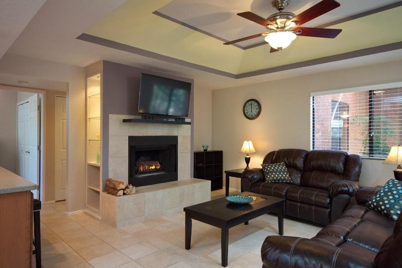 Secluded Remodeled Ground Floor Condo - Image 1 - Tucson - rentals
