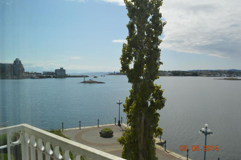Ocean View at the Songhees - Image 1 - Brandon - rentals