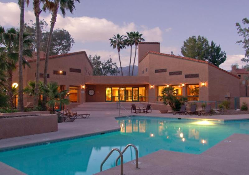Fully furnished Luxury Condo in Beautiful Sabino (MINIMUM 30 DAY STAY) - Image 1 - Tucson - rentals