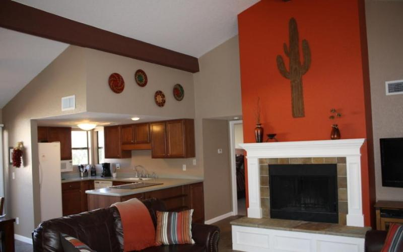 Rent This 2BR/2BA Catalina Foothills Condo! (MINIMUM 30 DAY STAY) - Image 1 - Tucson - rentals