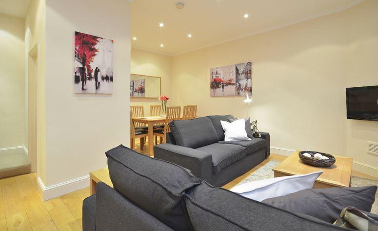 Kensington 3 Bedroom 2.5 Bathroom Mews House (4530) - Image 1 - London - rentals