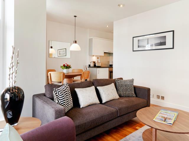 Modern South Kensington 1-Bedroom (4591) - Image 1 - London - rentals