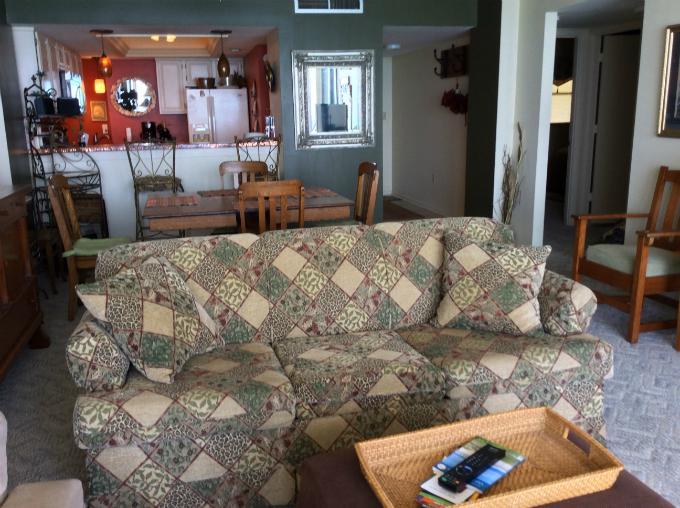 Living Area - Desirable Oceanfront Vacation Condo_ Myrtle Beach - Myrtle Beach - rentals