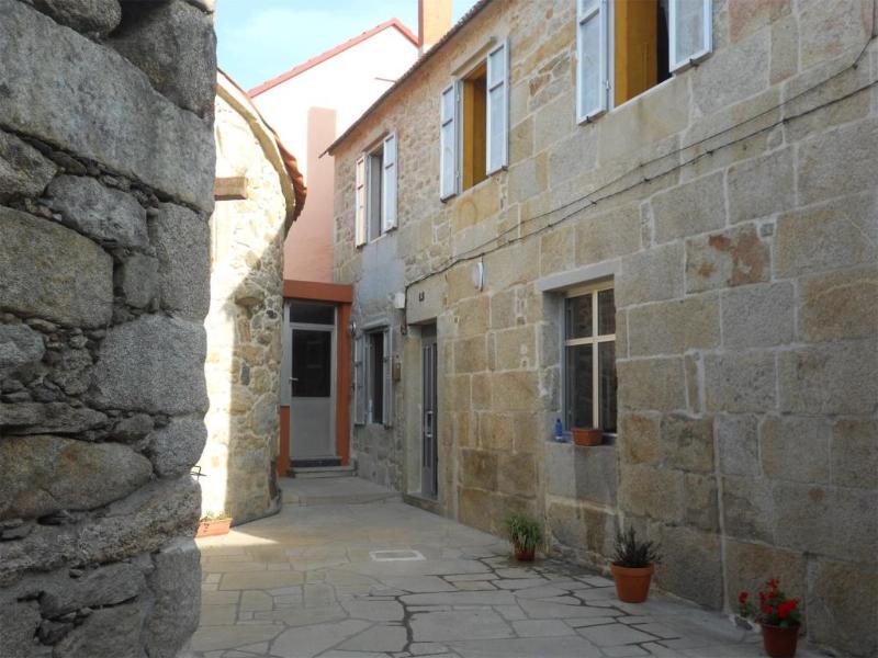 Casa Rural - Cerca de las Playas - Image 1 - Porto do Son - rentals