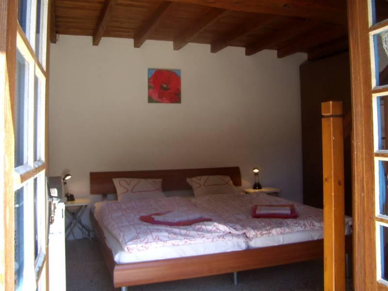 bedroom - Studio with big pool, romantic grounds and views - Bouriege - rentals