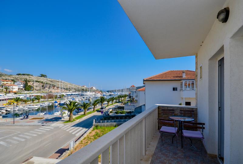 Apartments Jakov - 44031-A3 - Image 1 - Marina - rentals
