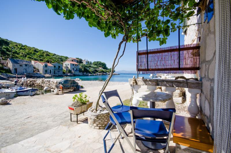 House Nikola - 44991-K1 - Image 1 - Cove Donja Krusica (Donje selo) - rentals