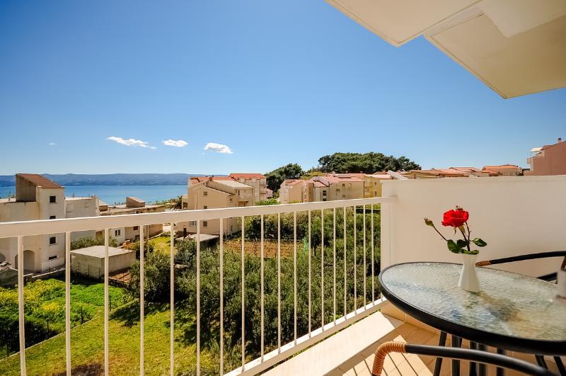 Apartments and Rooms Nikola - 45181-A4 - Image 1 - Omis - rentals