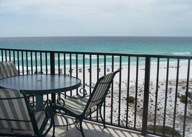 Plan Memorial Day Weekend at this Two-Bedroom Beachside Condo! - Image 1 - Miramar Beach - rentals