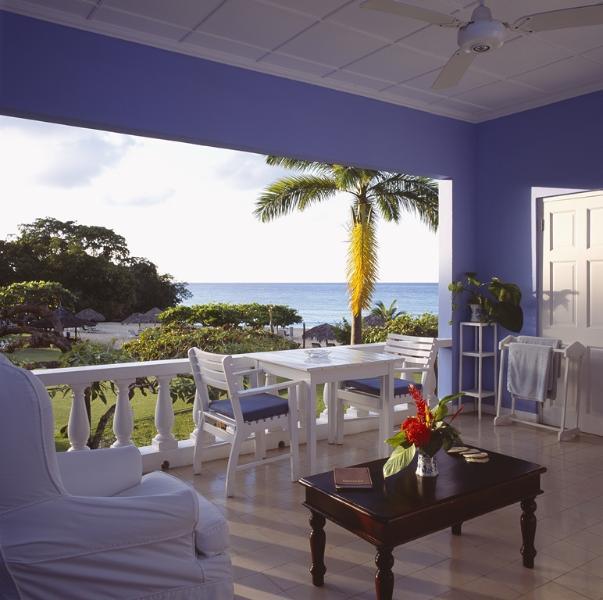 PARADISE PJI - 138794 - BEACHFRONT - COWDARY SUITE - Image 1 - Ocho Rios - rentals
