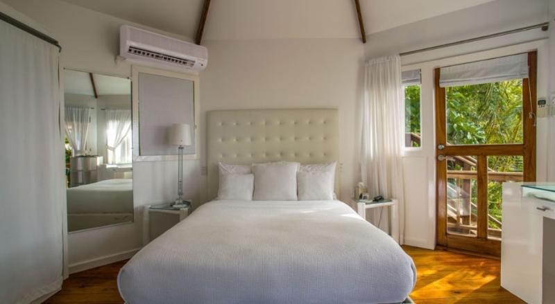 PARADISE PGJ - 139270 - BEACHFRONT HOTEL - SKA - 1 BEDROOM DELUXE CABIN - Image 1 - Port Antonio - rentals