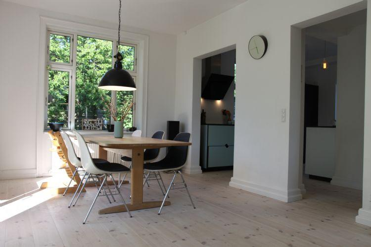 Christen Bergs Allé Apartment - Large Copenhagen villa apartment with wonderful garden - Copenhagen - rentals