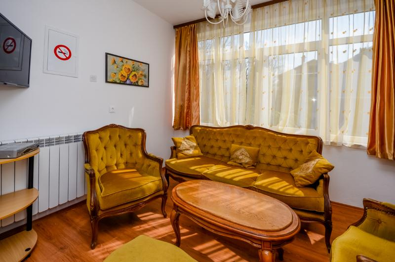 Apartments Ivanka - 85391-A1 - Image 1 - Selce - rentals