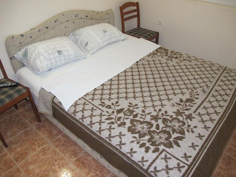 Apartments Tomo - 92241-A2 - Image 1 - Rezevici - rentals