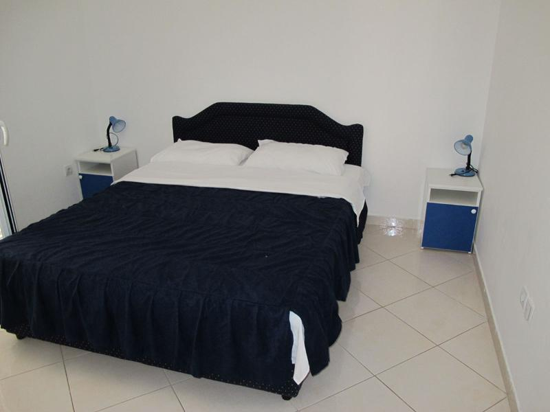 Apartments and Rooms Radovan - 92291-A2 - Image 1 - Budva - rentals