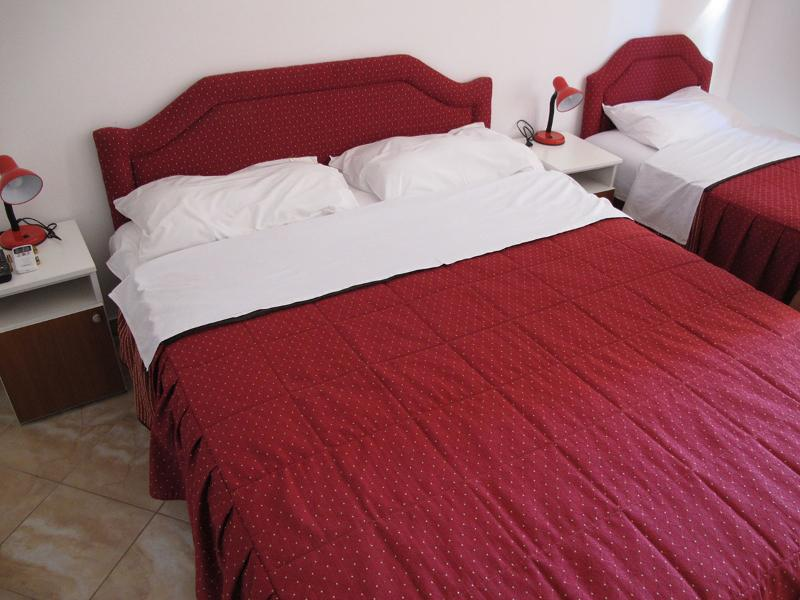Apartments and Rooms Radovan - 92291-S2 - Image 1 - Budva - rentals