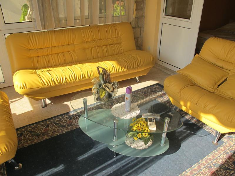 Apartments and Rooms Dragan - 92341-A1 - Image 1 - Sutomore - rentals