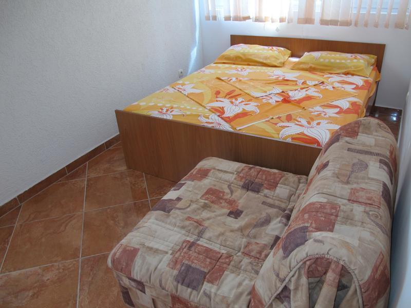 Apartments Ratka - 92651-A2 - Image 1 - Sutomore - rentals