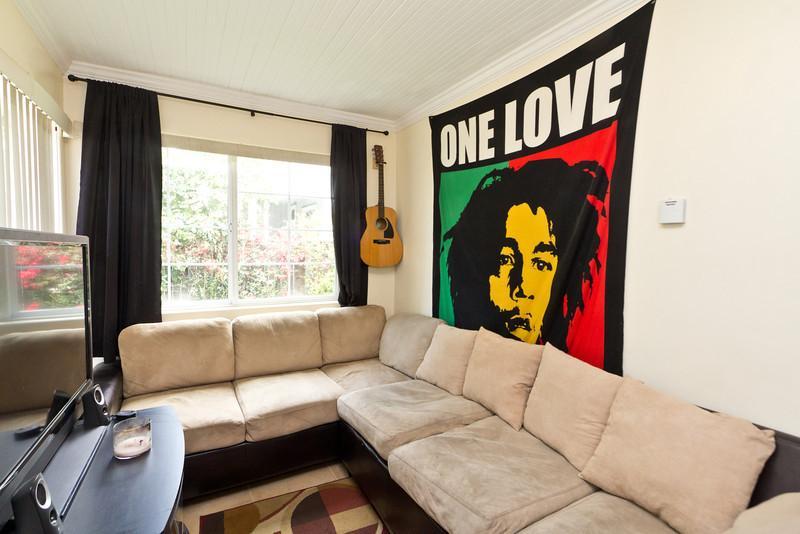 Living Room - Heart of Downtown! Free Breakfast&wine! BEST VALUE - Santa Barbara - rentals