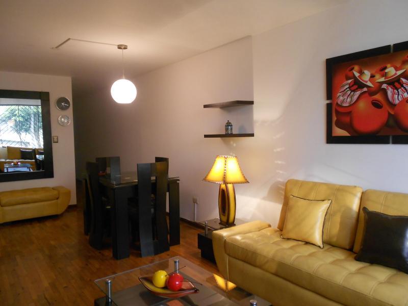 LIVING ROOM - BEAUTIFUL APART CLOSE TO THE BEACH-Lima Peru CDR - Lima - rentals