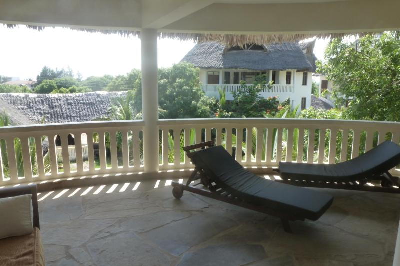 PENTHOUSE APARTMENT IN DIANI BEACH - Image 1 - Ukunda - rentals