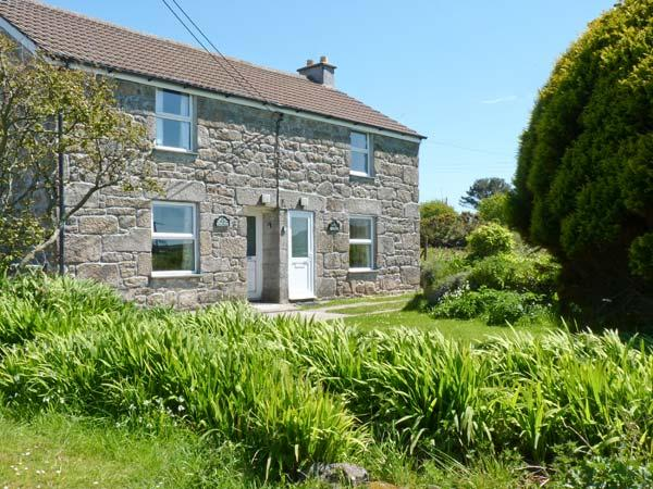 ROSEWELL COTTAGE, character features, great location,  peaceful cottage near St Ives, Ref. 20668 - Image 1 - Saint Ives - rentals