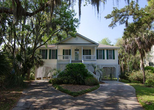 Caddyshack - Resort Amenities, Walk to the Beach - Image 1 - Edisto Island - rentals
