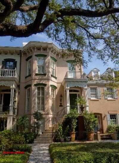1003: Victorian Italianate Garden Level - Image 1 - Savannah - rentals