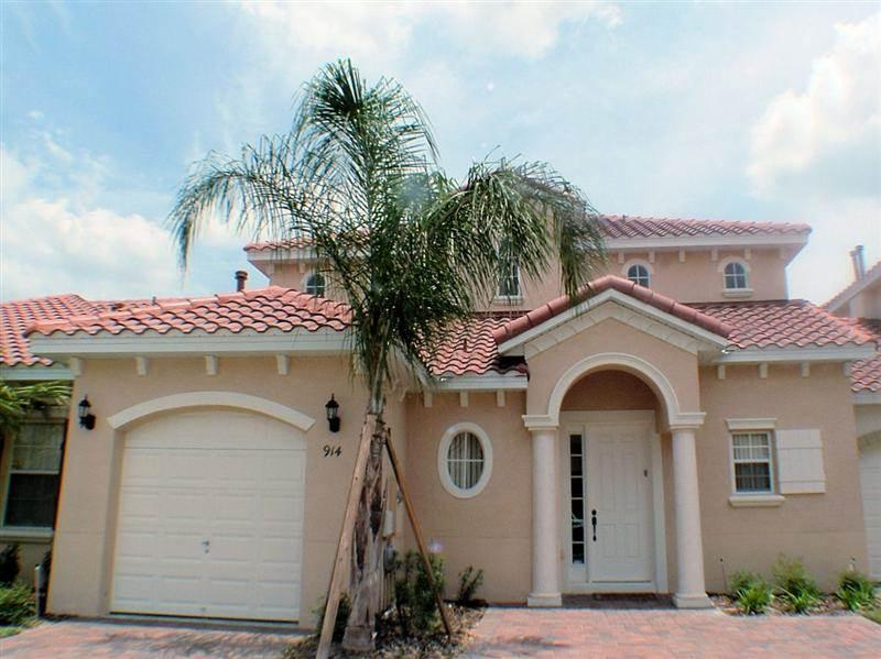 Two story villa w/ pool access and flat screen TV - T914BD - Image 1 - Davenport - rentals