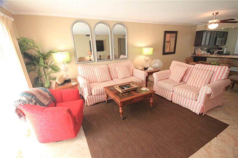 Superb 2BR/2BATH Condo in Destin (609) - Image 1 - Destin - rentals