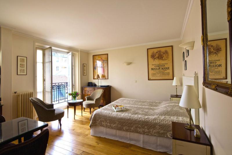 Bedroom View One - Montmartre Village Charming Studio - Paris - rentals