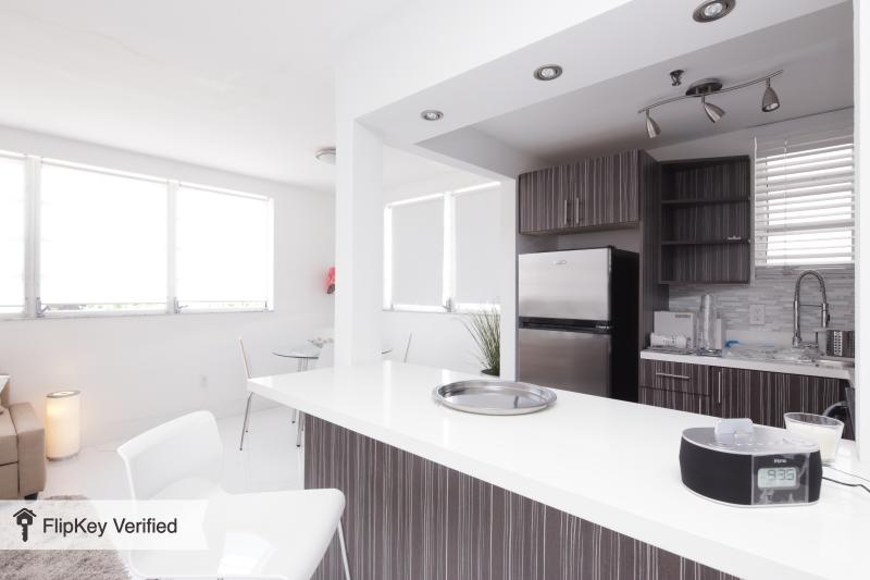 not available - Image 1 - Miami Beach - rentals