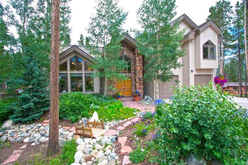 Summer Exterior View - Ski In Ski Out 4 Bedroom Home - Fox Haven - Breckenridge - rentals