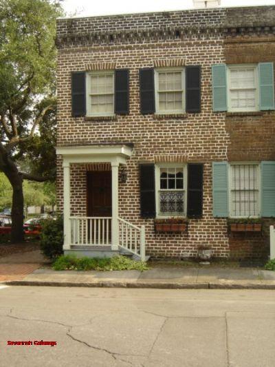 1015: Rustic Savannah Brick Appeal - Image 1 - Savannah - rentals
