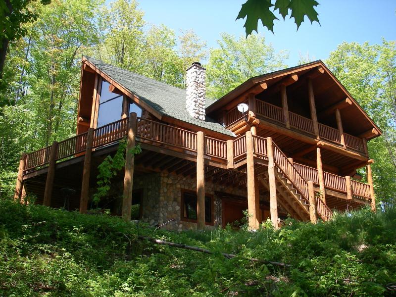 Log Home in the woods overlooking all of Northern Michigan at Shanty Creek Resort -  Schuss Mountain - Schuss Mountain Slopeside Luxury Log Home - Bellaire - rentals