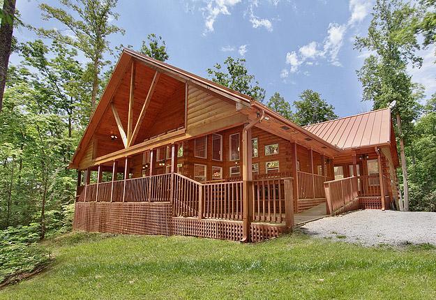 LC-Sunburst-ext - Sunburst - Gatlinburg Smoky Mountain Cabin - Sevierville - rentals