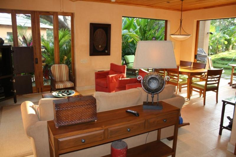 Great Room - 2-Beach Villa on the Point with Beach Club - Tamarindo - rentals