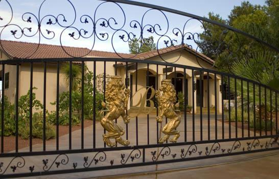 entrance gates - With view of the Strip spacious entertainment home - Las Vegas - rentals