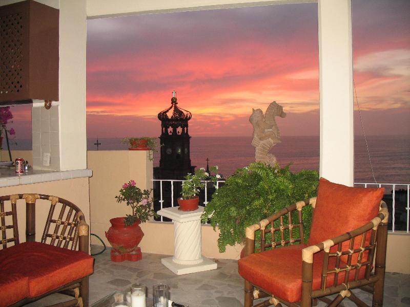 Sunset from the living room - Casa Juanita @ Casa Vina Del Mar - Puerto Vallarta - rentals
