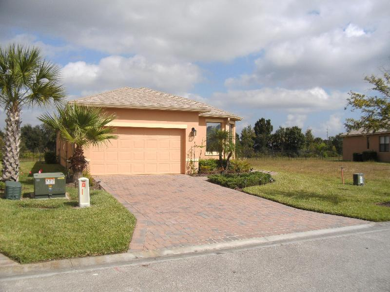 "Solivita rental Golf ""The Palms"" 55+ Dog Friendly - Image 1 - Poinciana - rentals"