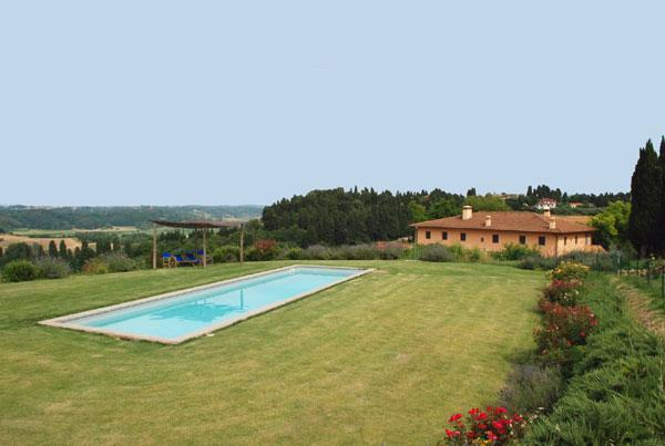 swimming pool with view of the house - I Cipressi holiday apartment with pool in Tuscany - Livorno - rentals
