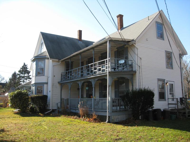 Facade of 25 Edgartown Road - Spacious Sunny 2 Bedroom on Martha's Vineyard - Vineyard Haven - rentals