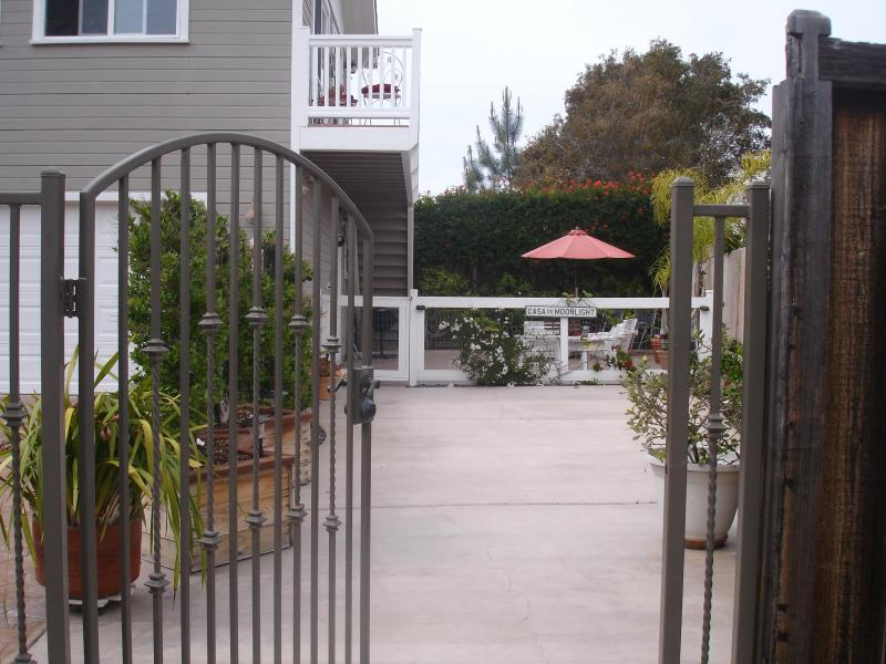 Adorable and Affordable Casa near the Sea - Image 1 - Encinitas - rentals