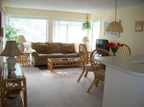 Tropical Retreat....Just Steps to the Beach! - Image 1 - Myrtle Beach - rentals