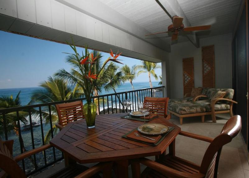 Lanai with fabulous view, teak dining set and comfy lounge chairs! - Luxurious Oceanfront Condo - Class and Comfort! - Kailua-Kona - rentals