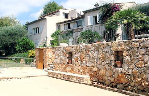 Vence, lumineux quiet Holiday Apt. with pool (2) - Image 1 - Vence - rentals